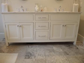 Vanit blanche atelier meuble rustique for Liquidation meuble de cuisine