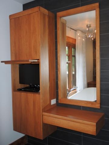 Vanit flottante atelier meuble rustique for Liquidation meuble de cuisine