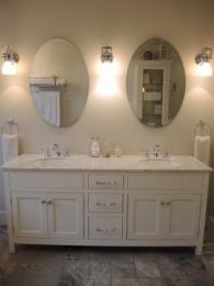 atelier meuble rustique. Black Bedroom Furniture Sets. Home Design Ideas