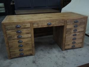 Bureau atelier meuble rustique for Bureau meuble quebec