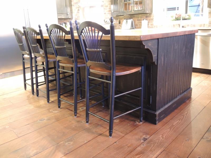 Armoire du cuisine rustique noire atelier meuble rustique for Liquidation meuble de cuisine
