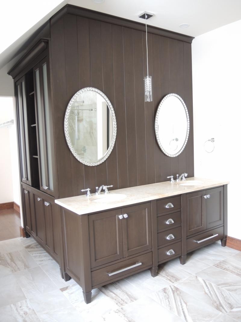 Vanit chambre de bain des ma tres atelier meuble rustique for Armoire chambre de bain