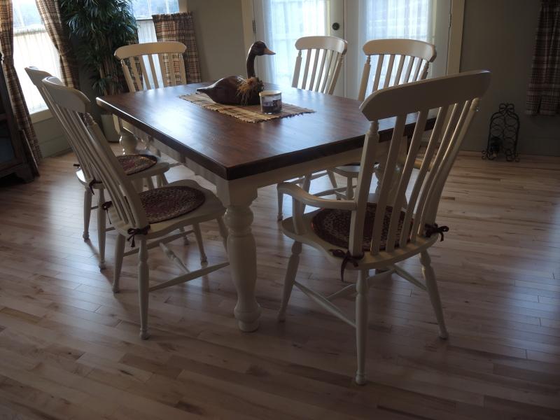 Table de cuisine couleur cr me atelier meuble rustique - Table de salon rustique ...