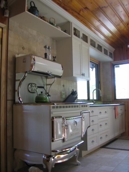 Armoire du cuisine contemporain atelier meuble rustique for Atelier du meuble contemporain