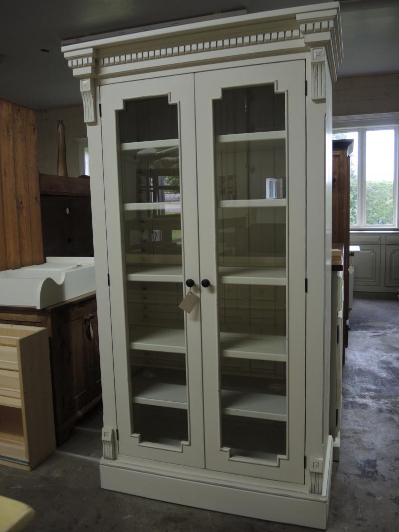 biblioth que vitrine cr me atelier meuble rustique. Black Bedroom Furniture Sets. Home Design Ideas