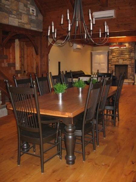 Table de cuisine en bois atelier meuble rustique for Liquidation de cuisine