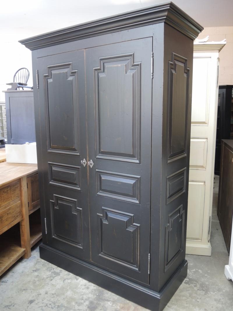 Black Armoire Atelier Meuble Rustique